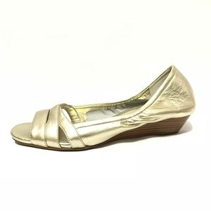 Career Shoes Size 8.5 Gold Open Toe Low Heel Dress